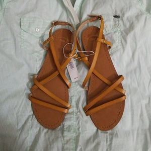 Gap synthetic leather Sandals size 7